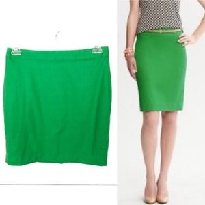 Banana Republic | Green Pencil Skirt